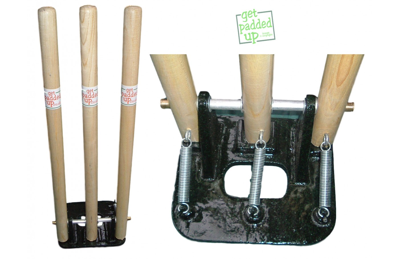 Set Of 2 Spring Back Cricket Stumps