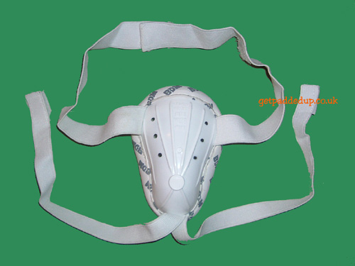 BDM ADMIRAL TEST CRICKET ABDOMINAL GUARD (BOX/YOUTH)