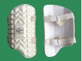 getpaddedup BUBBLE MOLDED CRICKET THIGH PAD